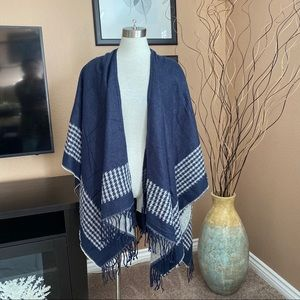 FOREVER 21 poncho wrap